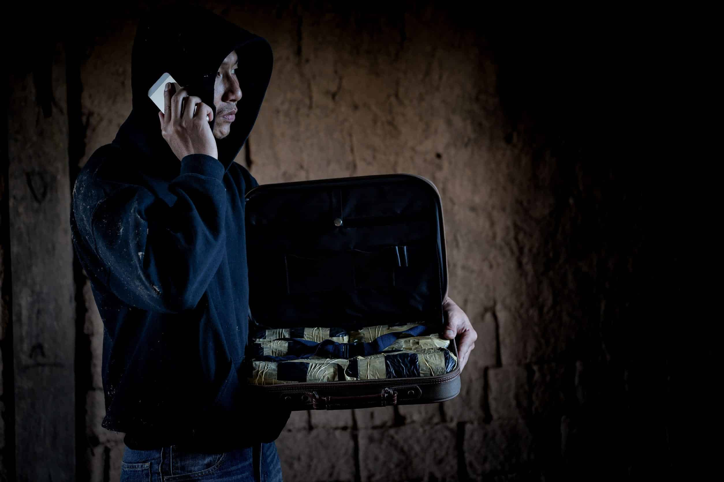 IL Drug Traffickers, Those Phones Might Be Tapped!
